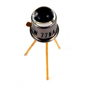L14G2_NPN_photo_transistor-300x300